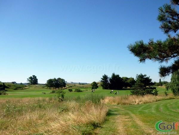 Fairways n°14 et n°15 du golf de Lyon Chaissieu en Rhône Alpes dans la banlieu Lyonnaise
