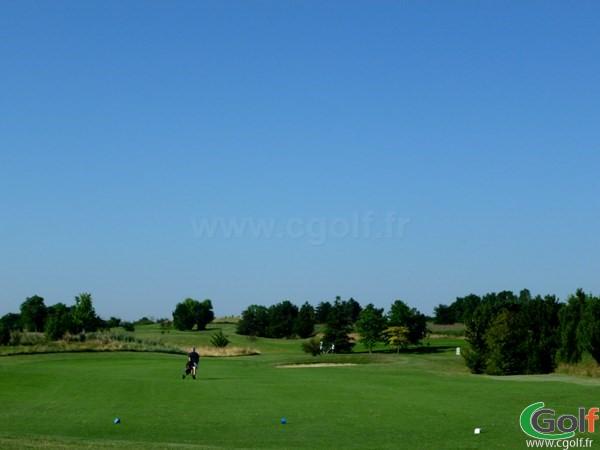 Départ n°1 du golf de Lyon Verger en Rhône Alpes dans la banlieu Lyonnaise