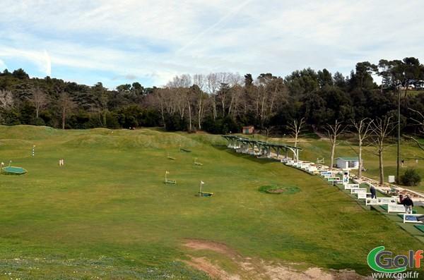 Le practice du golf de Marseille La Salette dans les Bouches du Rhone en PACA