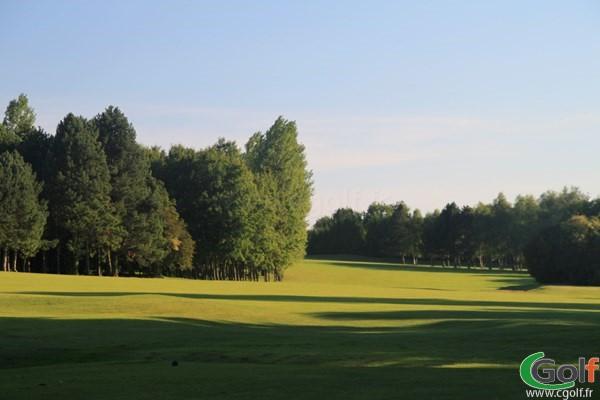 Fairway n°18 du golf de Nampont-Saint Martin parcours le Belvedère en Picardie dans la Somme