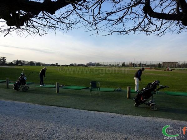 Le practice du golf du Paris Country club  dans les hauts de Seine à Saint Cloud