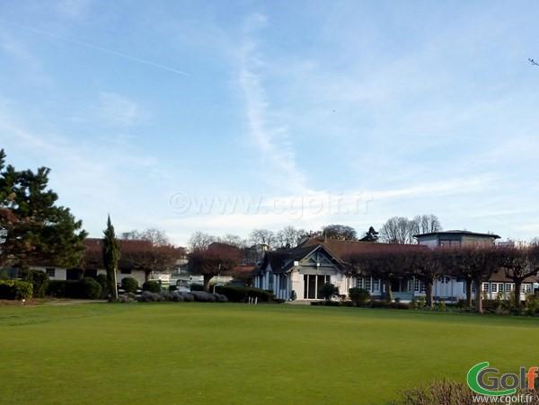 Le putting green du Paris golf country club à Saint Cloud en Ile de France dans les Hauts de Seine