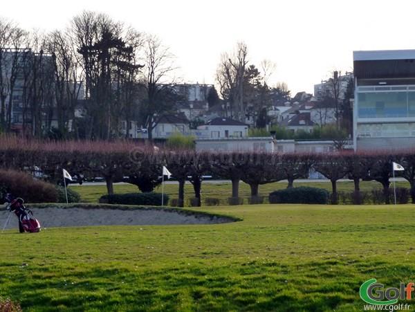 Le pitching green du Paris golf Country club dans les Hauts de Seine en Ile de France