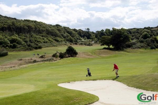 Fairway du parcours de golf à Pléneuf Val-André dans les Cotes d'Armor en Bretagne