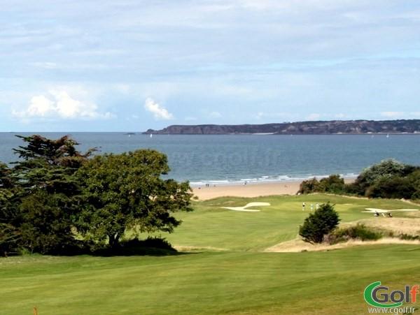 Green n°11 du golf de Pléneuf Val-André dans les Cotes d'Armor en Bretagne