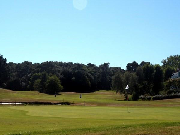 Green n°2 du golf de Port Bourgenay en Vendée à Talmont Saint Hilaire en Pays de Loire