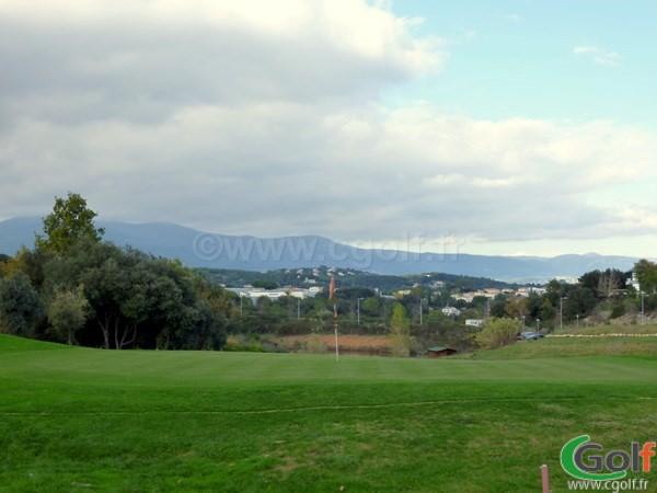 Le green n°9 du golf du Provençal à Biot Sophia Antipolis en PACA
