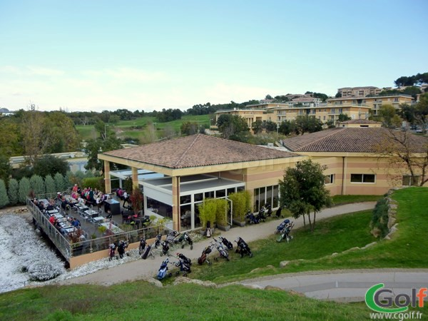 Le club house restaurant du golf le Provençal à Biot Sophia Antipolis en PACA
