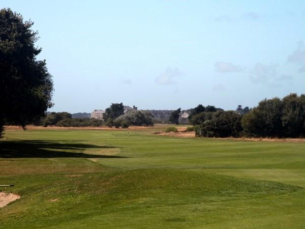 Fairway n°18 du golf de Rhuys-Kerver dans le Morbihan en Bretagne