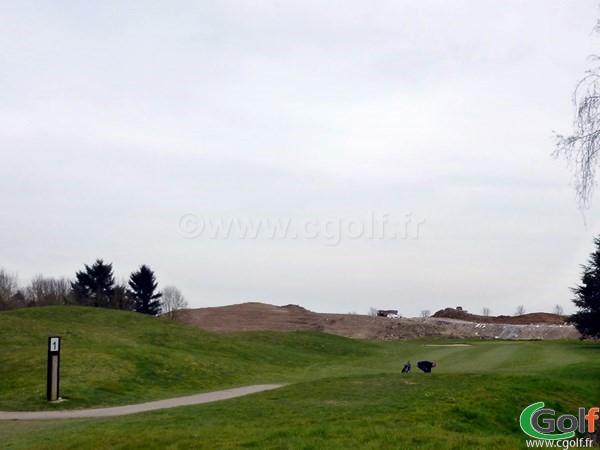 Trou n°1 du golf de Saint Aubin parcours les bouleaux dans l'Essonne proche de Paris