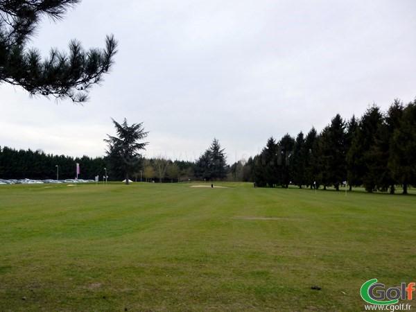 Zone d'entrainement du golf de Saint Aubin proche de Paris dans l'Essonne en Ile de France