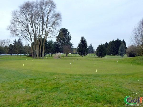 Putting green du golf de Saint Aubin dans l'Essonne proche de Paris Ile de France