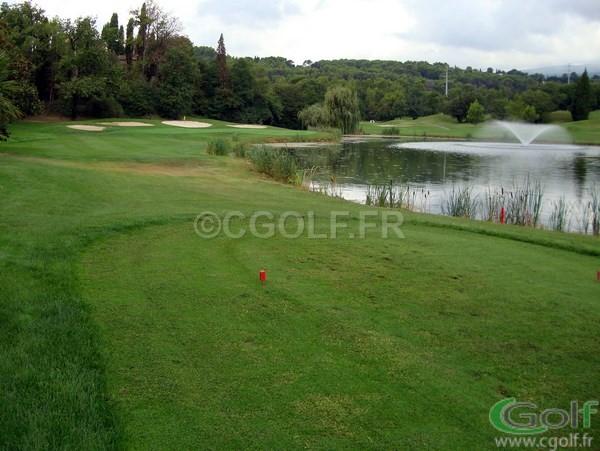 green du trou n°10 du golf de Saint Donat