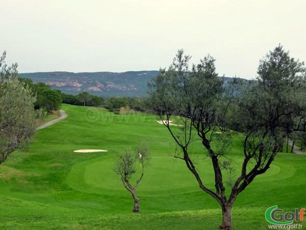 Le green n°9 du golf de Saint Endréol dans le Var sur la Cote d'Azur à La Motte