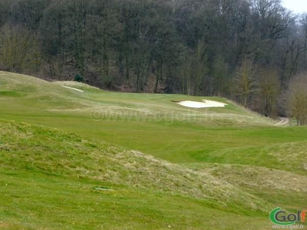 Le green n°1 du golf de Saint-Marc à Jouy-en-Josas proche de Paris en Ile de France