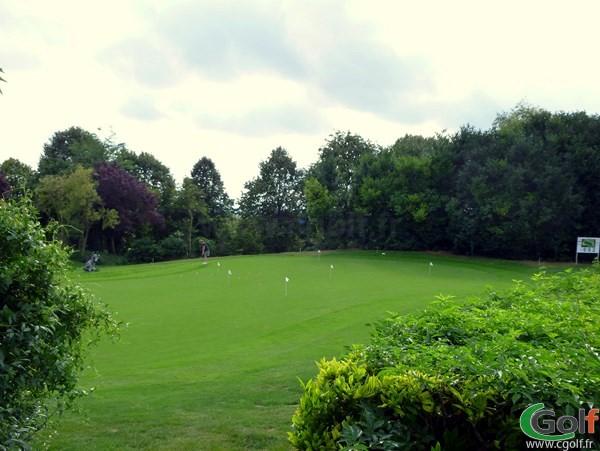 Putting green du golf de Salouel dans la Somme proche d'Amiens en Picardie
