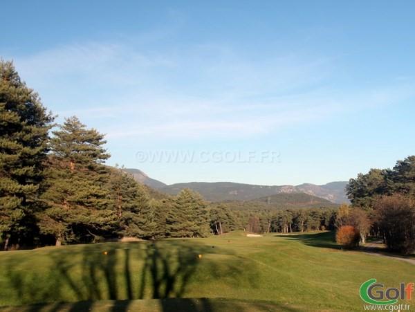 Le trou n°11 du golf de Taulane à la Martre proche de Grasse dans le Var