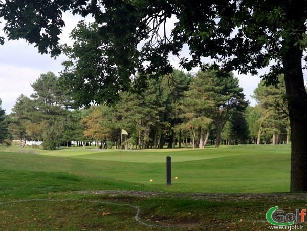 Green n°3 du parcours de la Forêt au golf du Touquet en Nord-Pas-de-Calais proche de Paris