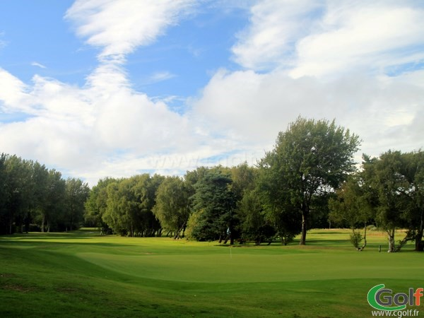 Green du golf du Touquet sur le Parcours La Forêt en Nord-Pas-de-Calais proche de Paris