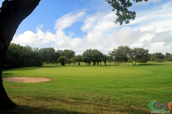 Green sur la Parcours de la foêt au golf du Touquet proche de Paris en Nord-Pas-de-Calais