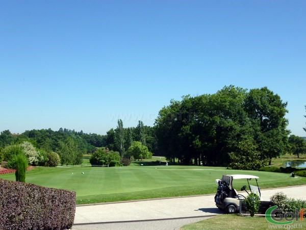 Putting green du golf de Salvagny en Rhône Alpes proche de Lyon