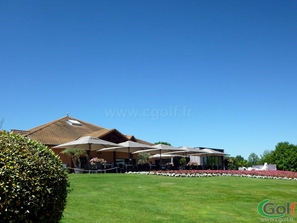 Club house du golf de Salvagny en Rhône alpes dans la banlieu Lyonnaise