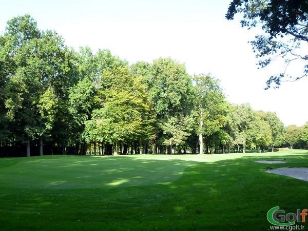 Le green n°17 dans l'Indre sur le golf du Val-de-l'Indre à Villedieu dans le Centre