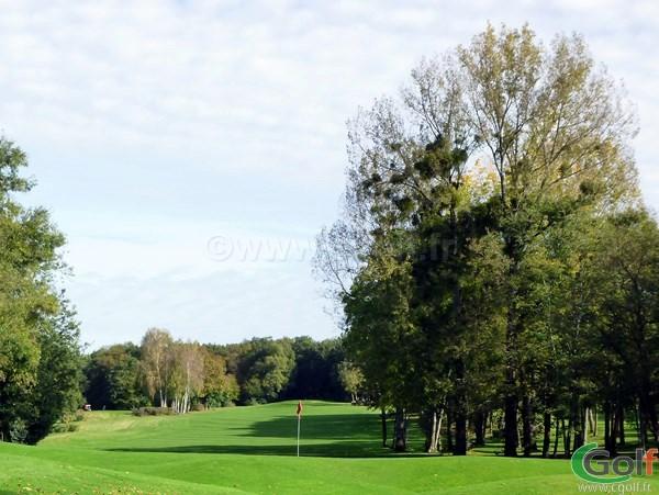 Le green n°9 du golf de Val-de-l'Indre à Villedieu dans l'Indre dans la région Centre