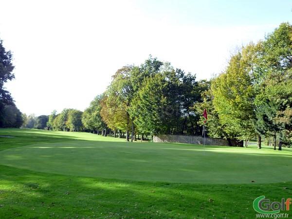 Le green n°11 du golf de Val-de-l'Indre dans le département de l'Indre à Villedieu dans le Centre