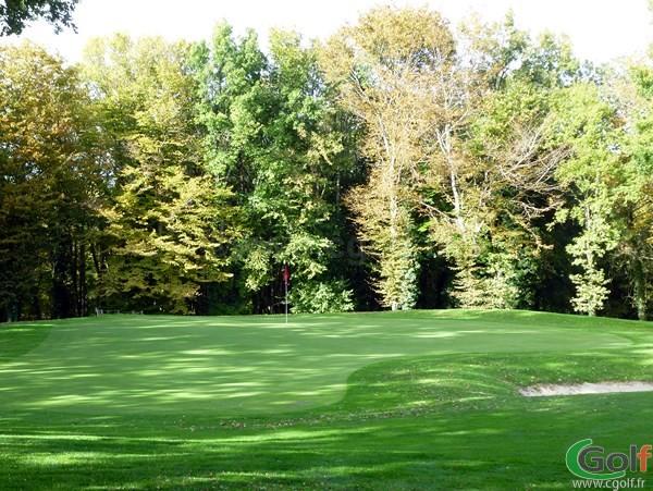 Le green n°19 du golf de Val-de-l'Indre dans l'Indre à Villedieu-sur-Indre