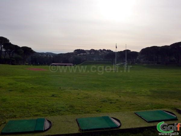 Le Practice du golf de Valescure Saint Raphael dans le Var sur la Cote d'Azur