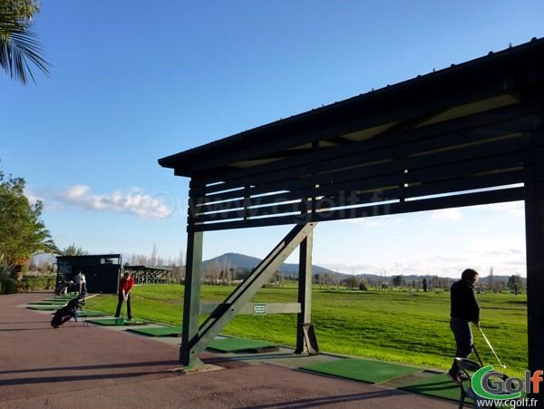Le practice du golf de Valgarde à La Garde dans le Var en région PACA