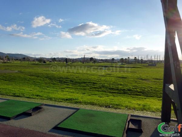 Le practice du golf de Valgarde à La Garde proche de Toulon dans le Var en région PACA