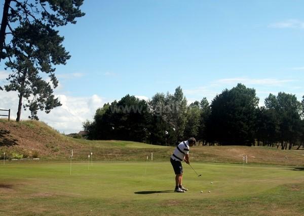 Putting green du golf de Cabourg Varaville le home dans le Calvados en Normandie
