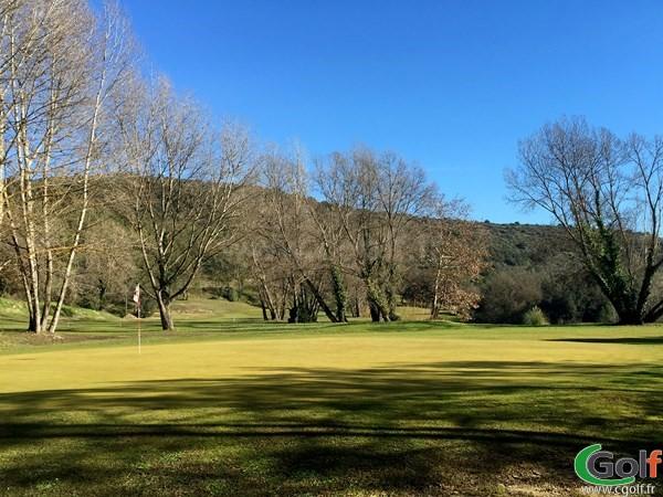 Green n°6 du golf de Villeneuve-Loubet en PACA dans les Alpes Maritimes proche d'Antibes et Nice