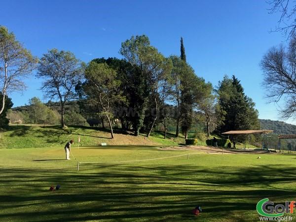 Green du golf de Villeneuve-Loubet dans les Alpes Maritimes en PACA sur la Cote d'Azur