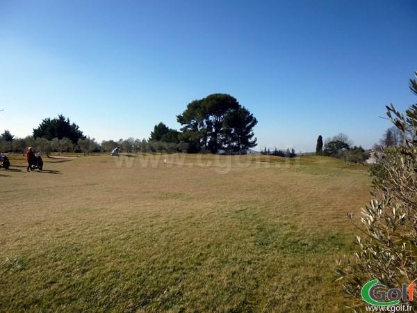 Par 3 du Set Golf à Aix en Provence dans les Bouches du Rhone en PACA